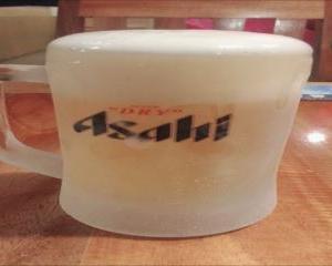 3日目ぐらいに日本食が恋しくなります日本人オーナーの日本食居酒屋で札幌生ビールで天使と乾杯
