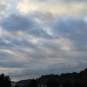 日の出見えず。