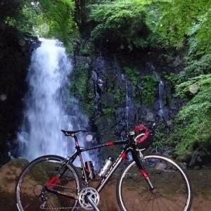 夏はやっぱ早朝サイクリングで水場へ