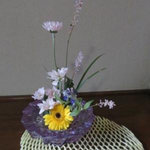 庭の身近な花々を活けてみよう!