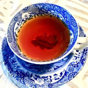 紅茶茶碗の底が見える紅茶
