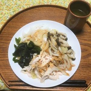 昨日の昼食 温かい冷やし中華