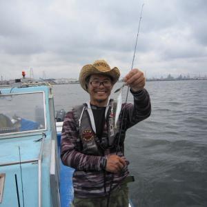 名古屋港でフラット出船