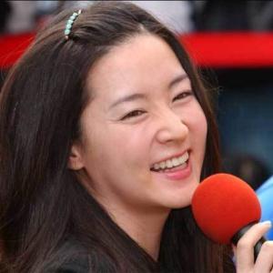 韓国芸能界「新型コロナ寄付競争」