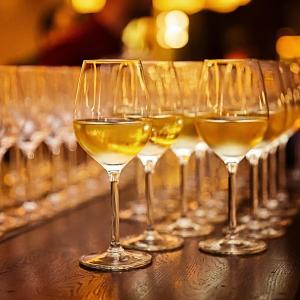久々にワイン会開催しまーす