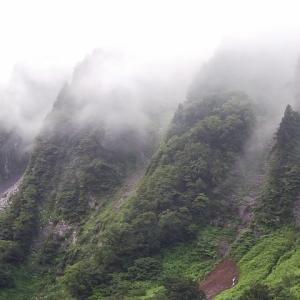 称名滝から雄山3003m
