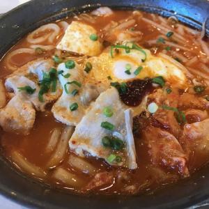 ガスト~「特製本格辛口チゲ(半玉うどん入り)」「まるごと白ぶどうソフト」「フレッシュいちごパフェ」「広島産牡蠣の辛口チゲ」「牡蠣とたっぷり野菜の旨辛焼きそば」 #パフェ #ピザ #チゲ