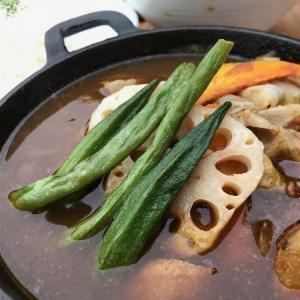 カフェ・バー 「ヘミングウェイ 大阪北港」〜マリーナでスープカレーを食べる