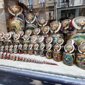 パリでマトリョーシカの怪!