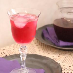 【野菜レシピ】冷蔵庫に常備したい♪赤紫蘇シロップで紫蘇ジュース