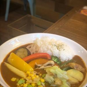 みんなで1年分の野菜を1週間で食べちゃう企画!1日分の野菜が食べられるカレー@リトルヤミー (浅草橋)