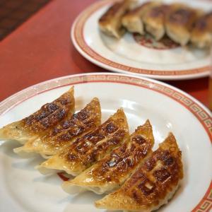 タレなしでおいしいパリパリ香ばし餃子とレバニラ@亀戸ぎょうざ 両国店 (両国)