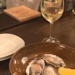新丸ビルで〆た夜…小籠包と生牡蠣で時間切れ@SO TIRED & Banksia (丸の内)