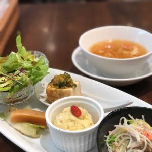 あのケンミン食品のレストラン!モリモリ前菜が贅沢な焼きビーフンランチ@健民ダイニング (六本木)