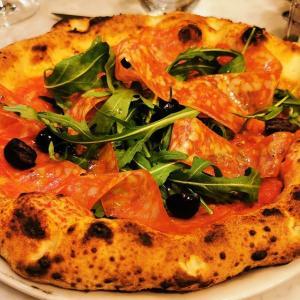 名古屋のチェザリはナポリのように楽しもう!