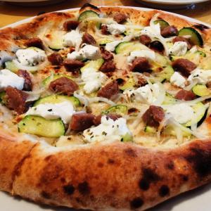 自由が丘「GOOD CHEESE GOOD PIZZA」で出来たてモッツァレラの旨さ満喫!