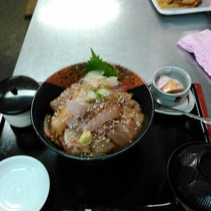 魚‼‼\(^o^)/ヘルシー丼1,800