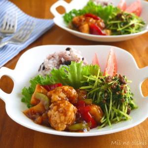 「レンジでつくる黒酢の酢豚」と豆苗あじそぼろサラダの中華ワンプレート♪ニッスイレシピ