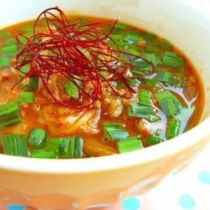 おいしく代謝アップ!ピリ辛「ダイエットスープ」レシピ5選