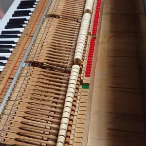 我が家にあるピアノ