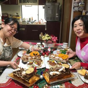バババァ~~ンと一気イッキ↑パンとケーキ♡ダブルでクリスマスが、キタア〜ッ!