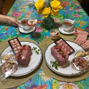 ルビーチョコレートは愛を伝える♡大人気↑ルビーチョコレートケーキ☆