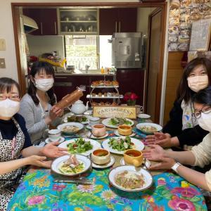 """4人の生徒さん、""""パスタ習って良かったね~♡""""""""生パスタ☆この美味しさ想像以上でした‼︎"""