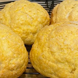 天使、グランマ〜♡メロンパン食べたい‼︎3時のおやつは、メロンパン♡