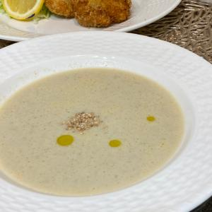母乳に優しい晩御飯は、牛蒡の豆乳スープから。
