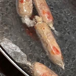パプリカと豚肉で手作りソーセージ♡オリンピック観戦ランチ♡