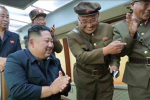 24日北朝鮮が弾道ミサイル発射