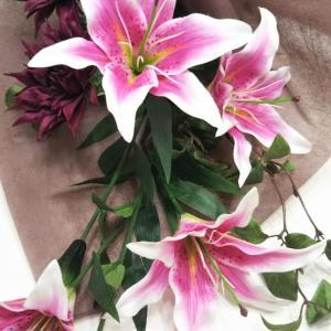 ♡量より質を追求したシンプルな花束♡