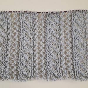 グレーのプル編み始め