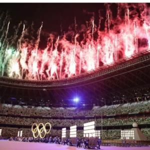 オリンピックの開会式をみる