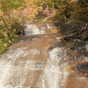 紅葉の旅3)恵庭渓谷・ラルマナイ滝