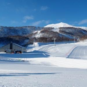 快晴のスキー日和1)霧氷の輝き