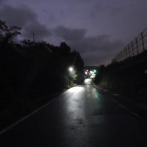 小雨降る朝