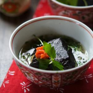 香り豊かな「佐賀海苔」の揚げおにぎり茶漬け