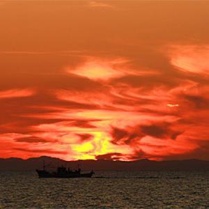 ムンクの夕陽。