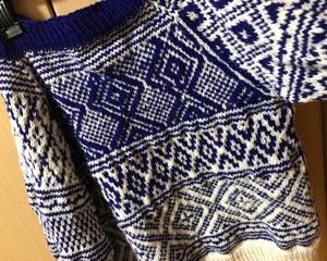 こぎん刺しのセーター