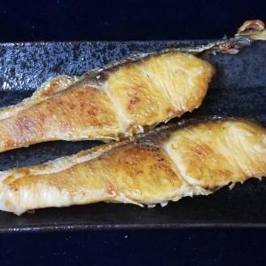鮭を焼いて朝ご飯