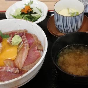 海鮮酒場 いえもん【本日の魚料理定食:まぐろとイサキの漬け丼♪】