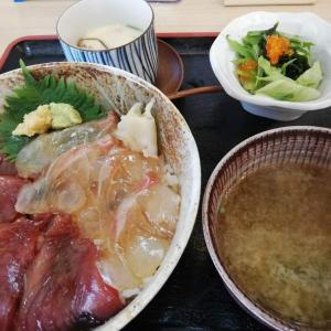 海鮮酒場 いえもん【本日の魚料理定食:鯛とカツオの漬け丼♪】