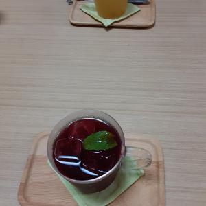 カシスジュースを飲みながら 占い師養成講座☆タロットコースを開講させて頂きました(^^♪