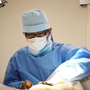 中村大輔ドクターへの≪セルーション脂肪幹細胞豊胸≫に関するご相談メール