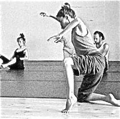 西荻ほびっと村学校『舞踏〜踊り入門』(by 櫻井郁也):4月の参加予約受付です