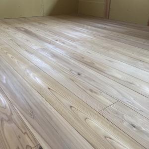 床板張り−杉材15?