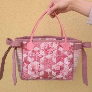 ♪ 生徒さんの作品 春色のバッグ ♪