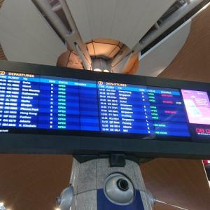 キャッセイドラゴン航空にてクアラルンプール国際空港を離れる。