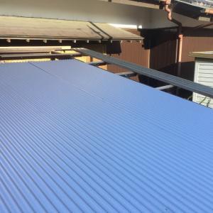 雨が降る前に 衝立と屋根トタン 張り替え作業 茨城県 取手市
